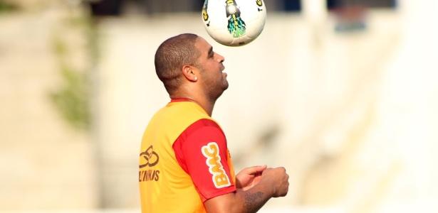 Adriano queria voltar ao Flamengo, mas clube descarta qualquer chance de isso ocorrer - Vipcomm