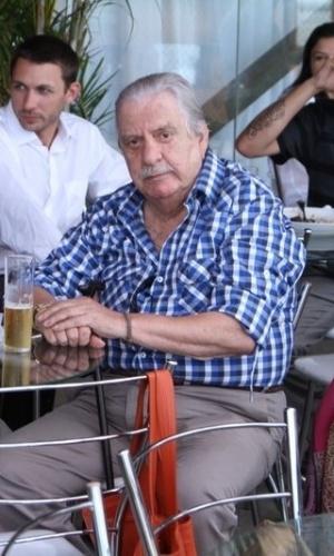 O ator Hugo Carvana participa da Feijoada do Festival do Rio, realizada na zona portuária do Rio (6/10/12)