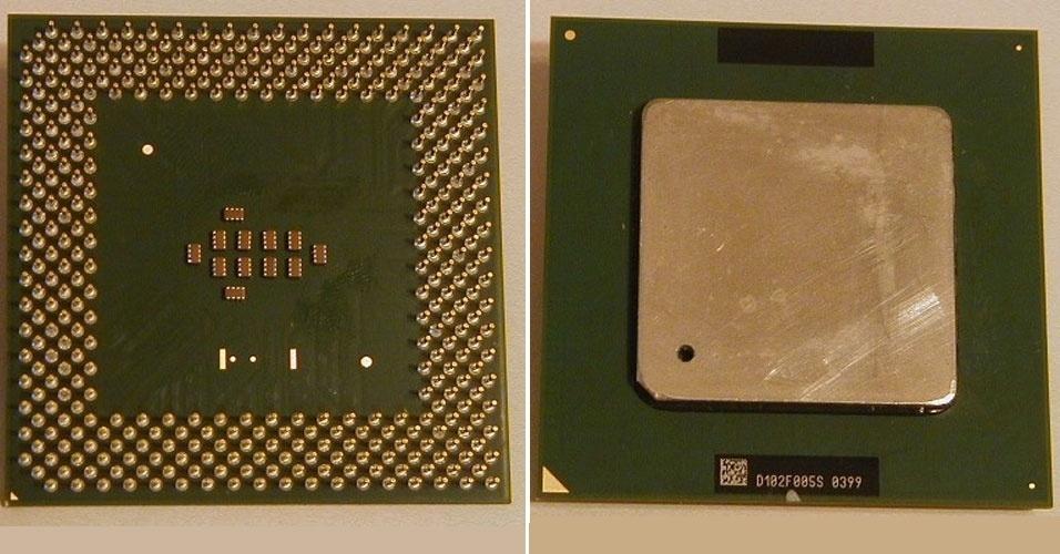 Em maio de 2001, você precisava saber qual o melhor Pentium III para seu PC. Em uma dúvida enviada ao caderno ''Informática'', da ''Folha de S.Paulo'', o leitor queria saber qual a melhor velocidade desse chip (foto) de alto desempenho -- para a época, claro. A primeira versão do Pentium III, lançada em 1999 pela Intel, tinha 450 MHz ou 500 MHz (hoje, os processadores Core Duo chegam a 2.93 GHz)