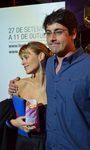 """Os atores Caroline Dieckmann e Bruno de Luca comparecem no Festival do Rio durante as galas de """"Dino Cazzola - Uma Filmografia de Brasília"""" e """"Dores de Amores"""" (7/10/12)"""