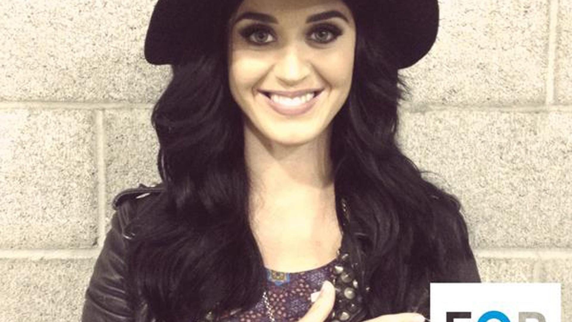 9.out.12 - A cantora pop Katy Perry participa ativamente da campanha pela reeleição de Barack Obama. Ela fez um show para o presidente dos EUA, em Los Angeles, e publicou em seu perfil no microblog Twitter: