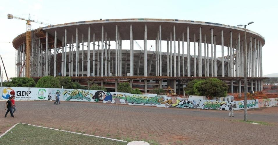 O estádio Mané Garrincha é um dos com obras mais adiantadas para a Copa de 2014