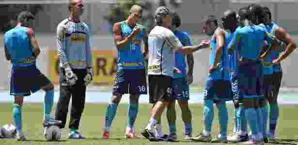Oswaldo demonstrou interesse de ficar no Botafogo; continuidade tem apoio dos atletas - Fernando Soutello/AGIF