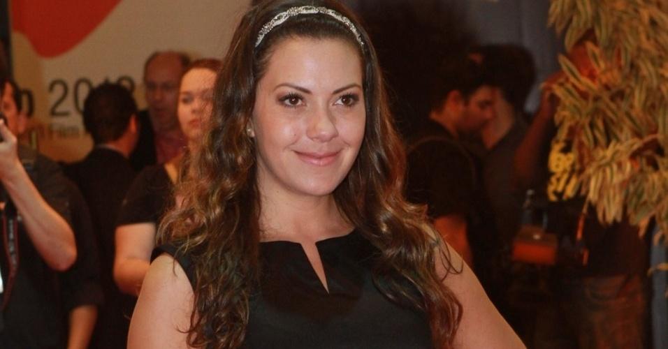 A atriz Fabíula Nascimento prestigiou a cerimônia de premiação do Festival do Rio no Cine Odeon BR, centro do Rio (11/10/12)