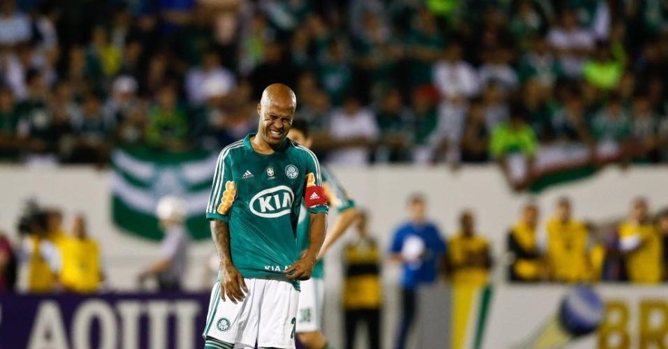 Marcos Assunção lamenta derrota do Palmeiras para o Coritiba pelo Brasileirão