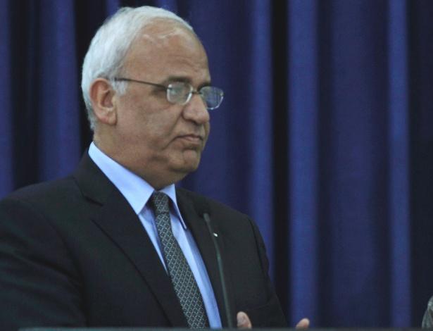 O secretário-geral da Organização para a Libertação da Palestina (OLP), Saeb Erekat, divulgou um comunicado nesta terça-feira (25) no qual critica o presidente dos EUA - Mohamad Torokman/Reuters
