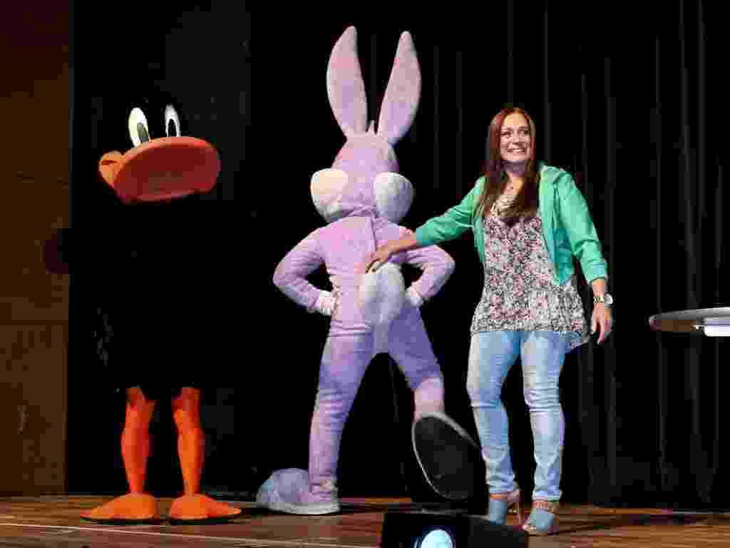 """Em alusão ao Dia das Crianças, personagens do Looney Toones apresentaram o elenco de """"A Partilha"""" em entrevista coletiva em São Paulo (11/10/12) - FotoRioNews"""