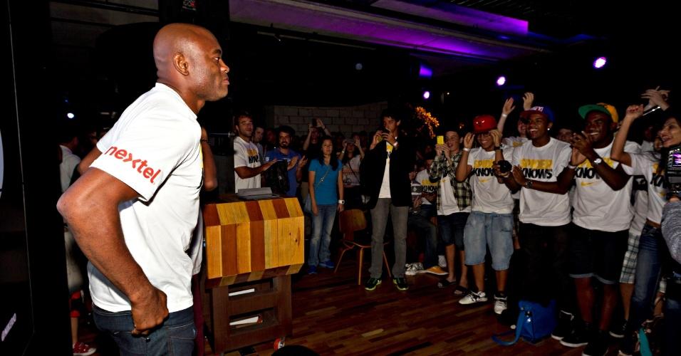 Anderson Silva encontra fãs e convidados da Nike em evento realizado no Rio de Janeiro