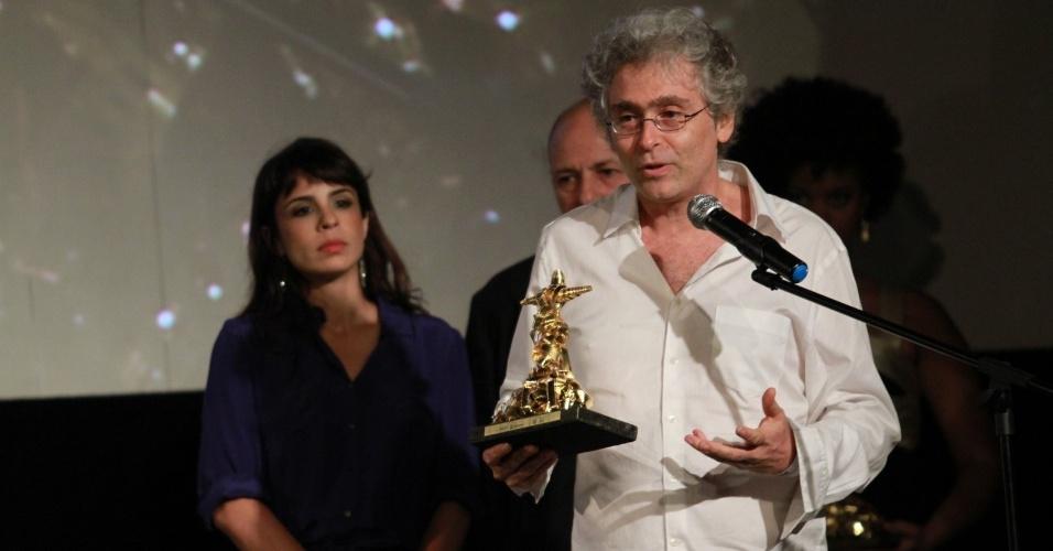 O diretor Rubens Rewald ganha prêmio de melhor ficção na categoria Novos Rumos do Festival do Rio (11/10/12)