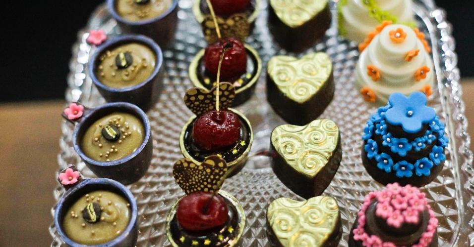 Verrine de chocolate; de R$ 2 a R$ 8 (a unidade), na Bianca Florindo (www.biancaflorindodocesfinos). Preço pesquisado em outubro de 2012 na feira Expo Noivas & Festas (SP) e sujeito a alterações (11/10/2012)