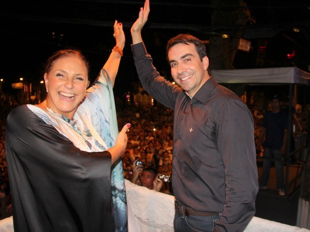 O padre Fábio de Melo prestigiou o show da cantora Fafá de Belém durante festa do Círio de Nazaré, em Belém do Pará (13/10/12)