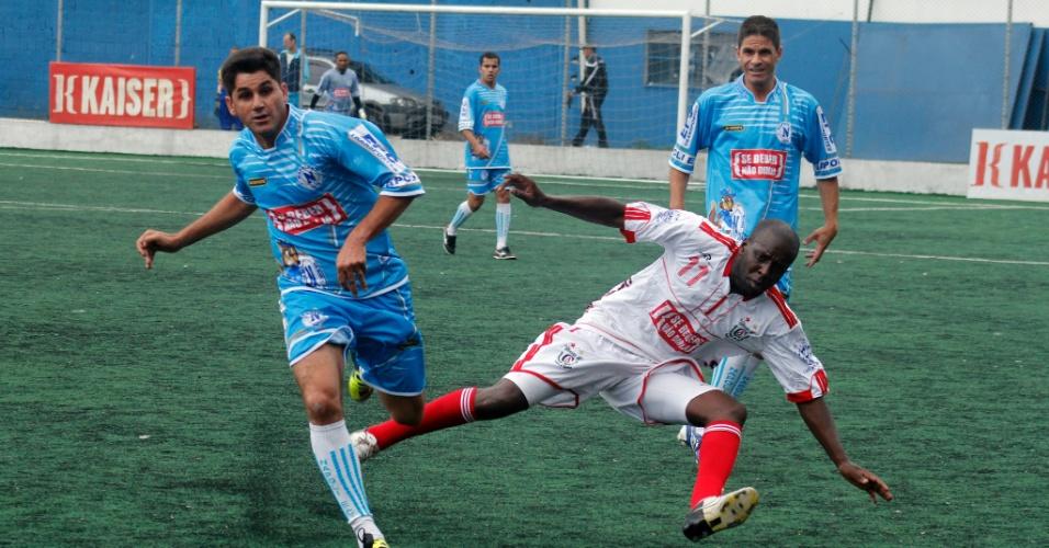 Classe A (de branco) e Napoli empataram sem gols e foram eliminados da Copa Kaiser 2012