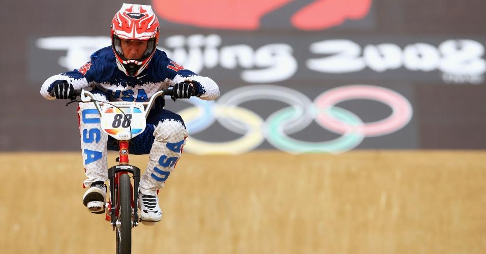 Kyle Bennett participa da Olimpíada de Pequim-2008. Grande nome do BMX, o norte-americano morreu em 14/10/2012, aos 33 anos, após se envolver em acidente de trânsito