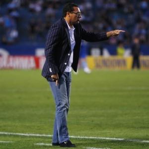 Para Grêmio atingir os 74 pontos propostos por Luxemburgo, terá que vencer os jogos restantes do BR