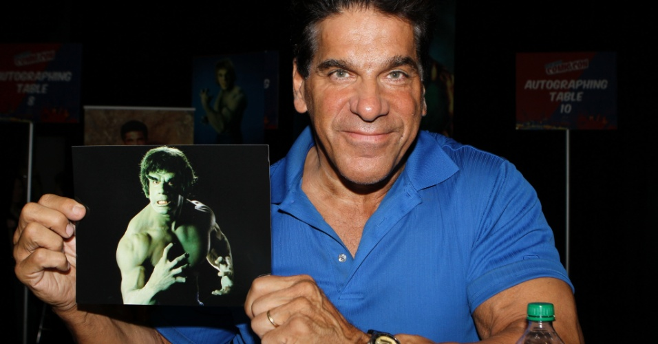Lou Ferrigno, primeiro ator a interpretar o personagem Hulk, participa da New York Comic-Con, no Javits Center (13/10/12)