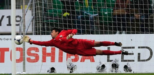 Diego Alves, o especialista em defender pênaltis