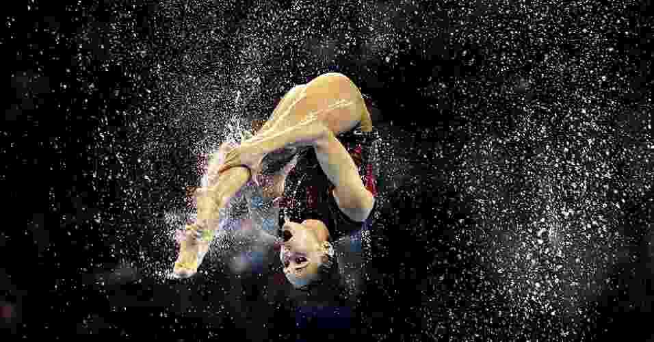 O prêmio de fotografia Picture Editor's Guild Awards anunciou sua lista de finalistas. Acima, a foto de Ian MacNicol durante o Campeonato Mundial de Natação de 2011, em Xangai, na China, na final de nado sincronizado.  - Ian MacNicol/Picture Editor's Guild Awards