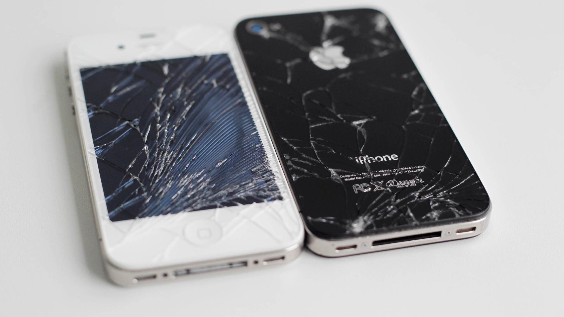 bbd05ed9c7e Seu iPhone quebrou? Saiba quanto custa salvar o smartphone e como  ''socorrê-lo'' - 18/10/2012 - UOL Tecnologia