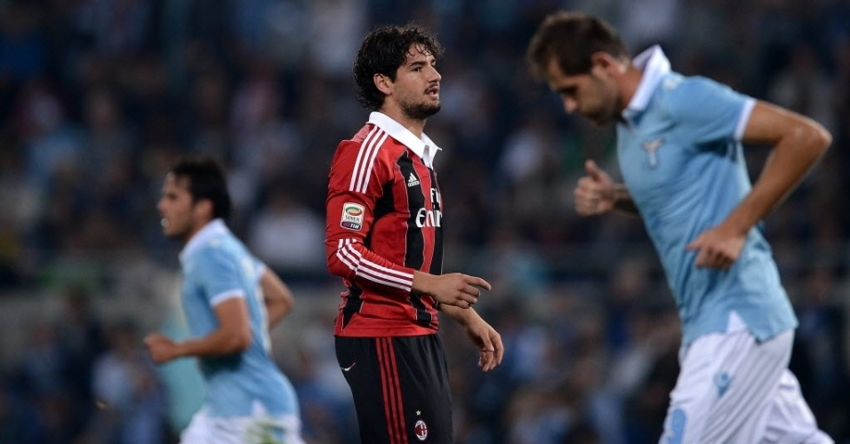 Alexandre Pato, do Milan, lamenta chance desperdiçada na partida contra a Lazio, pelo Campeonato Italiano