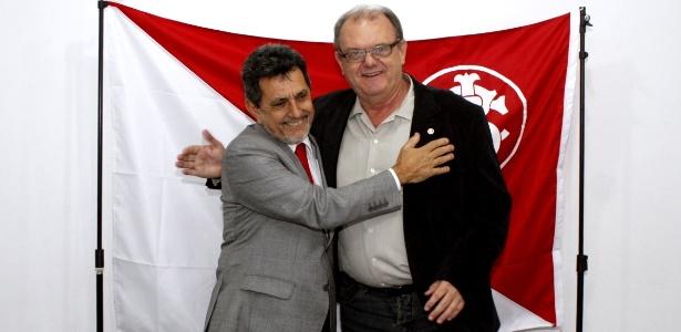 Luiz Antonio Lopes (e) será membro da comissão que analisará contas da gestão Píffero