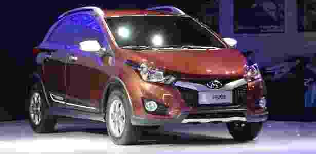 Hyundai HB20X: mal lançou a versão civil, fabricante já veste compacto com adereços off-road - André Deliberato/UOL