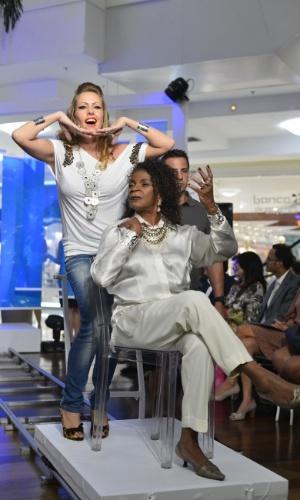 A atriz Zezé Mota participou de um desfile beneficente em um shopping da zona sul do Rio (23/10/12). O evento teve como objetivo arrecadar verba para o Retiro dos Artistas, instituição que acolhe artistas idosos que passam por dificuldades financeiras