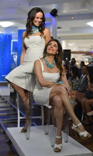 As atrizes Vanessa Gerbelli e Christiane Torloni participaram de um desfile beneficente em um shopping da zona sul do Rio (23/10/12). O evento teve como objetivo arrecadar verba para o Retiro dos Artistas, instituição que acolhe artistas idosos que passam por dificuldades financeiras