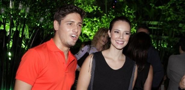 Daniel Rocha e Paola Oliveira na festa para o lançamento do filme