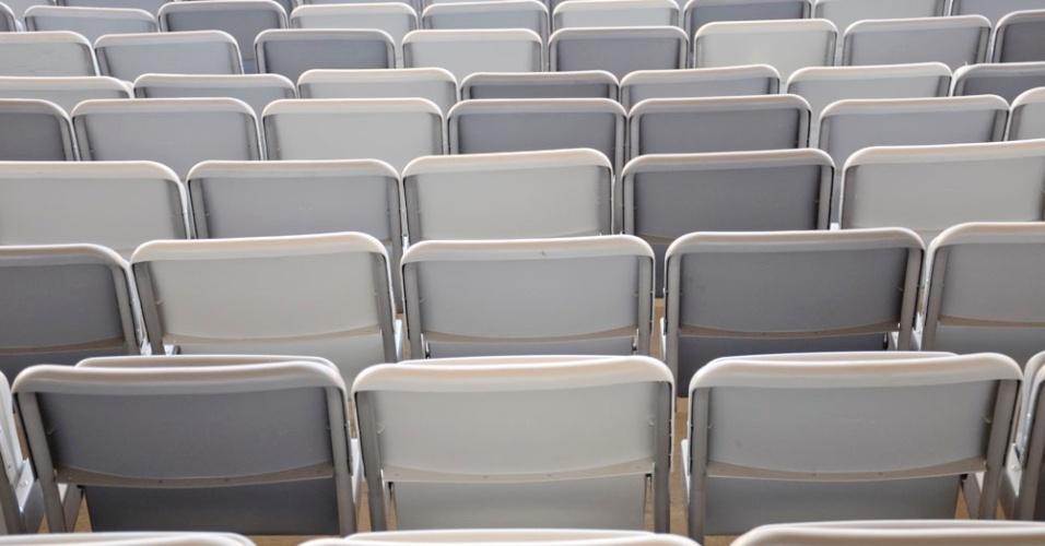 Em 23/10/2012, mais da metade das cadeiras do Mineirão, sede da Copa 2014, já estava instalada