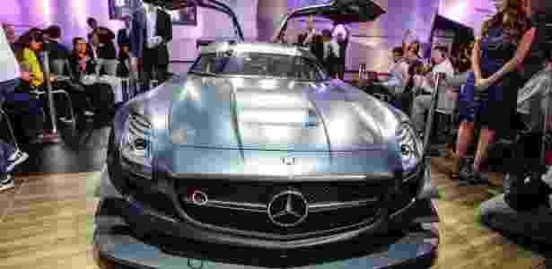 SLS AMG GT3 45th Anniversary, 571 cv, US$ 580 mil: está é cada vez menos a imagem da Mercedes - Brazil Photo Press