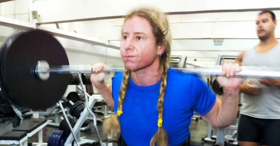 Atleta Marilia Coutinho descobriu o levantamento de peso em 2006 em uma acadêmia de São Paulo