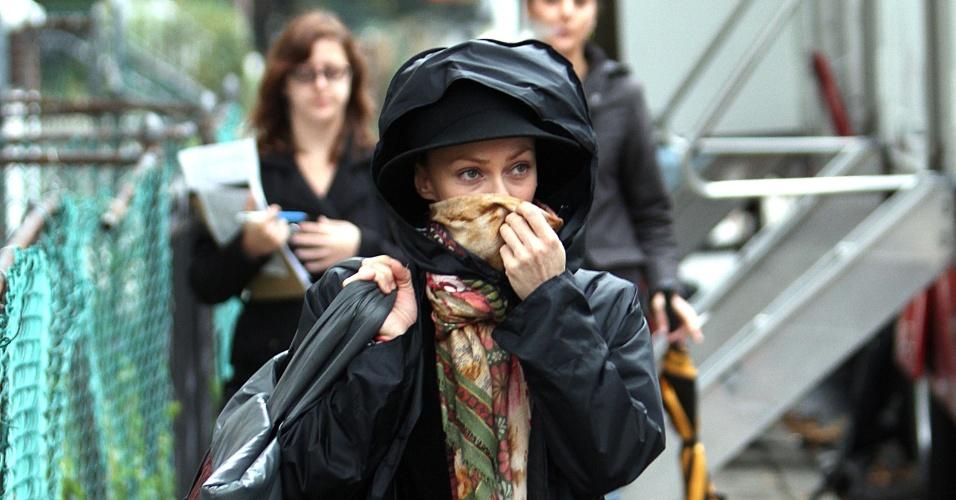 A atriz Vanessa Paridis grava cenas do filme