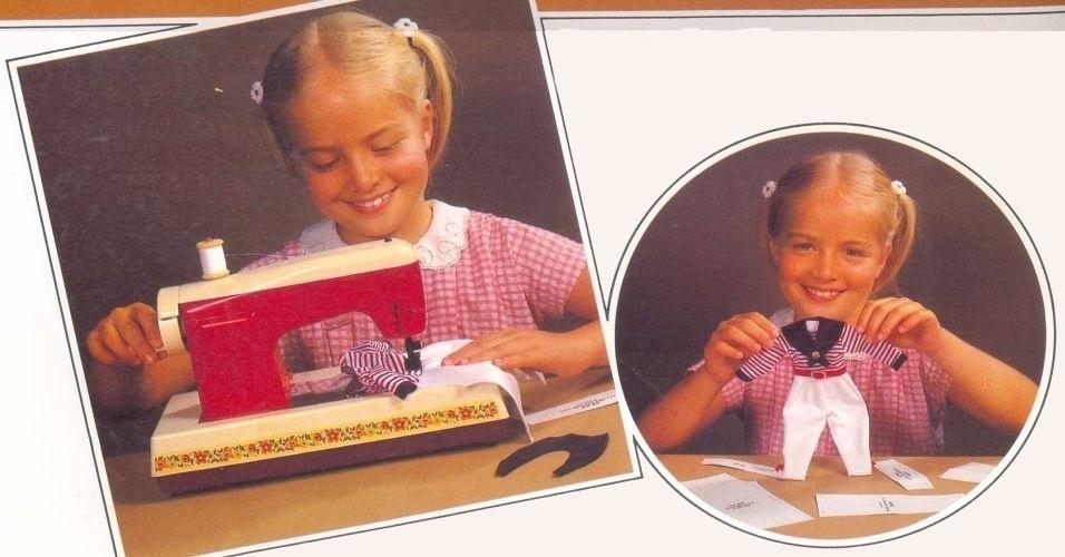 A Mini-máquina de costura elétrica fazia roupinhas de verdade. Na foto, a apresentadora Angélica ainda criança
