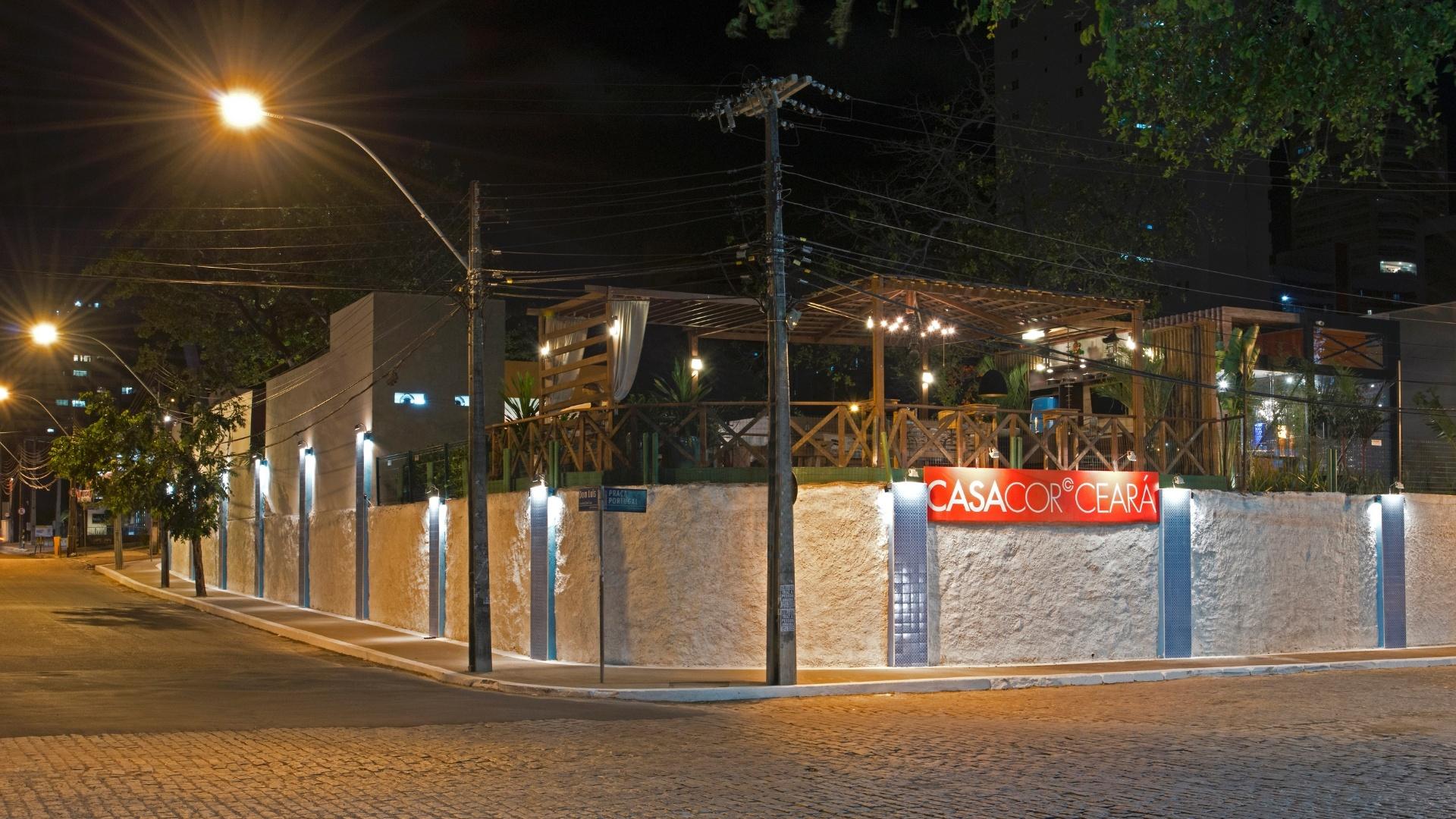 Fachada Externa criada pelo designer Pedro Esdras para a 14ª Casa Cor CE, que segue até dia 20 de novembro de 2012, na Praça Portugal, em Fortaleza