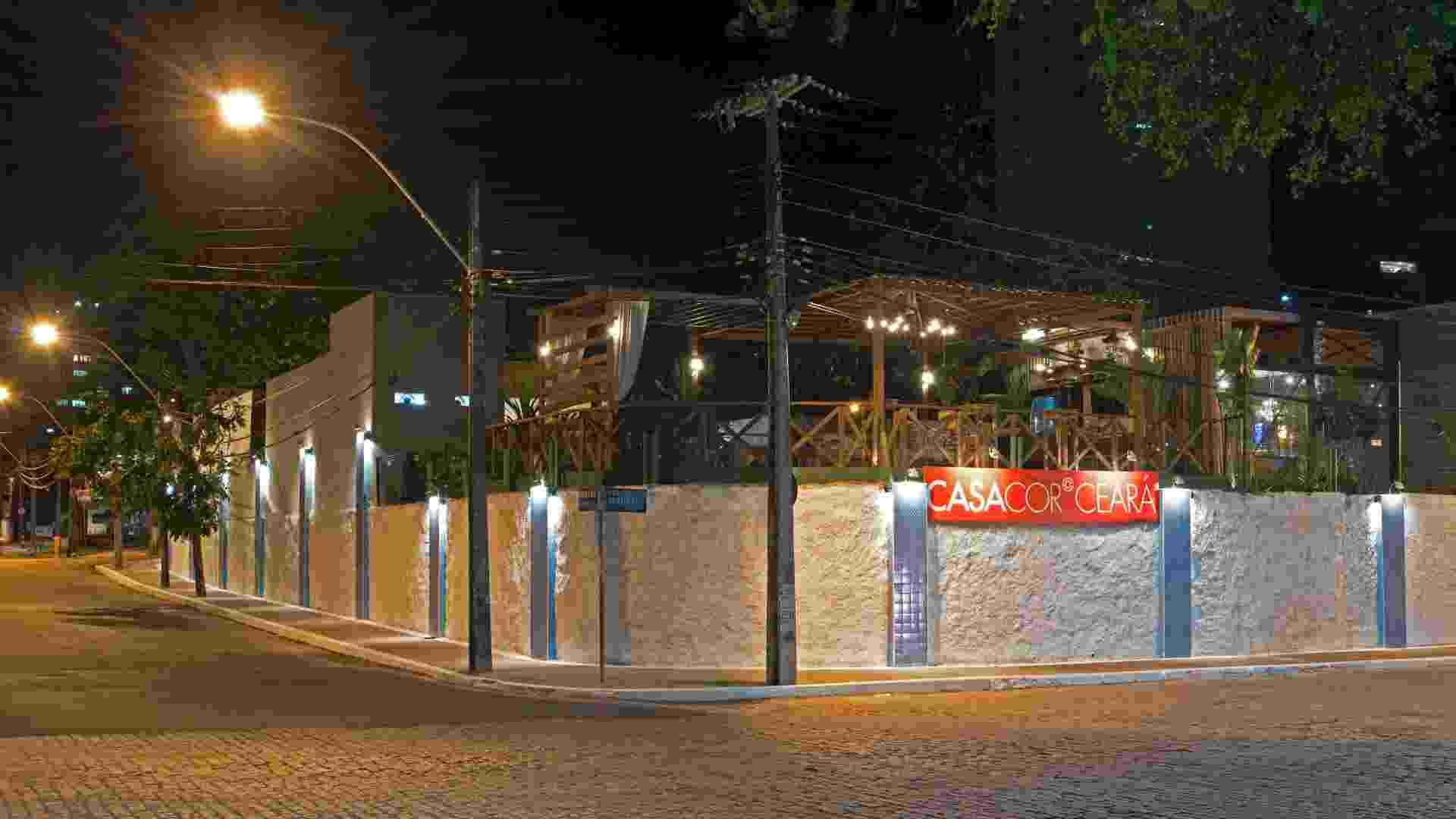Fachada Externa criada pelo designer Pedro Esdras para a 14ª Casa Cor CE, que segue até dia 20 de novembro de 2012, na Praça Portugal, em Fortaleza - Esdras Guimarães/ Divulgação