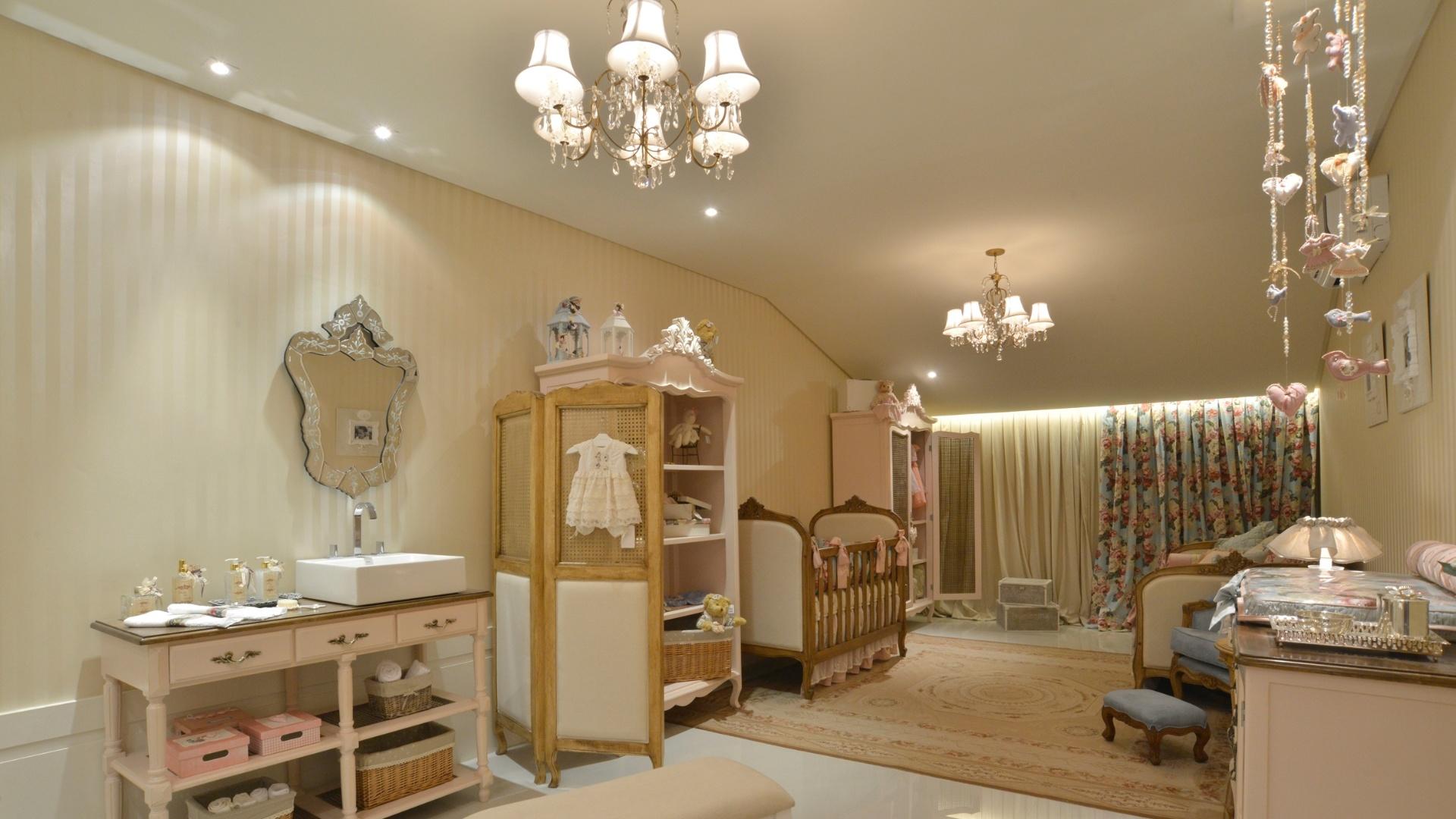 A arquiteta Liana Santana assina a Suíte do Bebê inspirada na região de Provence, na França. A 14ª Casa Cor CE segue até dia 20 de novembro de 2012, na Praça Portugal, em Fortaleza
