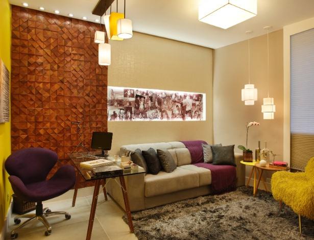 Sala Versátil da Família criada por Roselisa Monteiro e Ricardo Leão para a mostra Morar Mais por Menos RJ - Divulgação