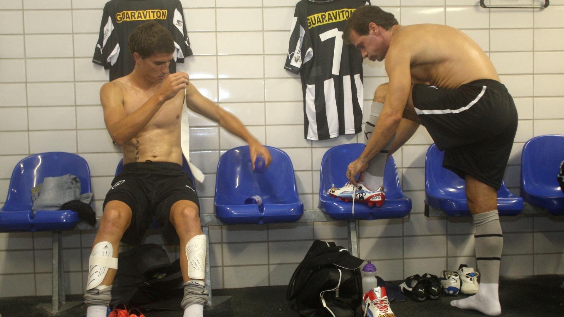 Túlio Maravilha, do Botafogo, se prepara para a partida contra o Boavista, pelo projeto