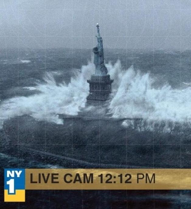 A imagem acima circula no Twitter e mostra a Estátua da Liberdade sendo atingida por uma grande onda. Abaixo, uma tarja é exibida como se a imagem fizesse parte de um vídeo ao vivo. Porém, ela faz parte do filme ''O Dia Depois de Amanhã''