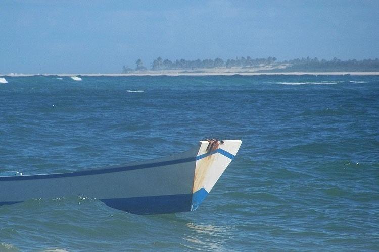"""Da praia do saco é possível ver o Mangue Seco (BA), local onde foi gravada a novela """"Tieta"""", de 1989, adaptação do romance de Jorge Amado"""
