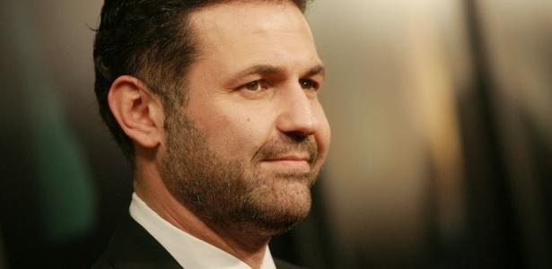 """O autor Khaled Hosseini em première de """"There Will Be Blood"""" no teatro Ziegfield, em Nova York (29/10/12) - AP Photo/Evan Agostini"""