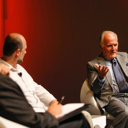 O jornalista Mino Carta, criador da revista Veja: o que ele diria sobre a entrevista com Jair Bolsonaro?  - Apu Gomes - 24.ago.2011/Folhapress