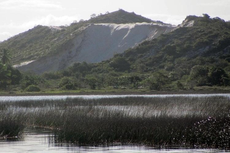 Vista da Lagoa Grande, na Praia Abaís