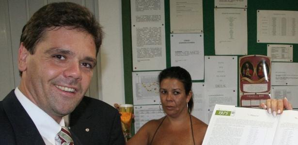 José Carlos Vilella, aos 40, posa para foto; ele entrou na história do jornalismo brasileiro - Acervo pessoal