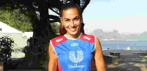 Luciane Escouto nos tempos em que jogava vôlei - Local/Divulgação