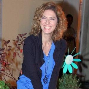 """Patrícia Pillar vai à abertura da exposição """"Tom Jobim - Música e Natureza"""", no Espaço Tom Jobim, Rio de Janeiro (29/10/12)"""