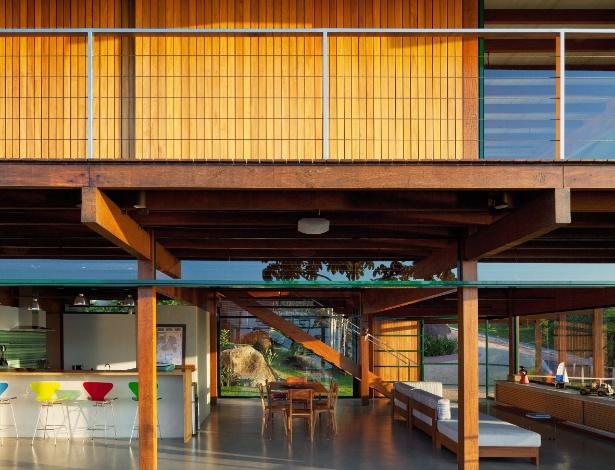 """Vencedor da Categoria Residencial - Praia, do prêmio """"O Melhor da Arquitetura"""": """"Casa da Embaúba"""", projeto do escritório Cambucá Arquitetura e Urbanismo  - Divulgação"""