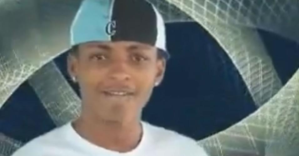 """Vitinho, do grupo Avassaladores, no clipe da música """"Sou Foda"""""""