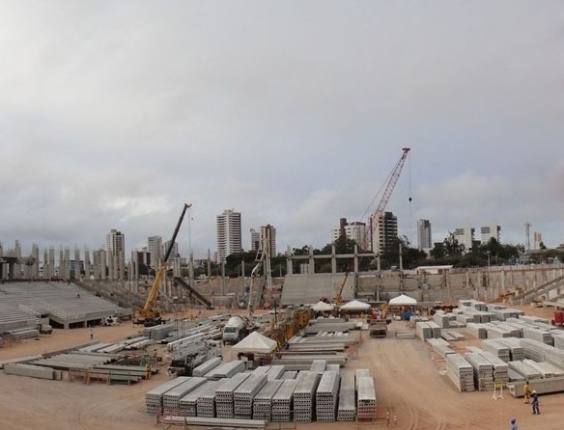 Andamento das obras na Arena das Dunas, em Natal (RN), em outubro de 2012