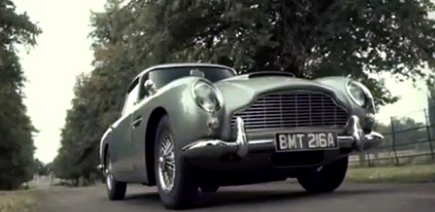 Aston Martin DB5: 282 cavalos, seis filmes no currículo e adoração nas pistas - Reprodução